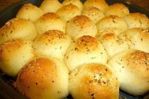 Italian Meatball Cheese Balls